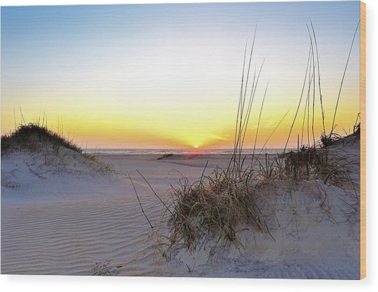 Sunrise Over Pea Island Wood Print
