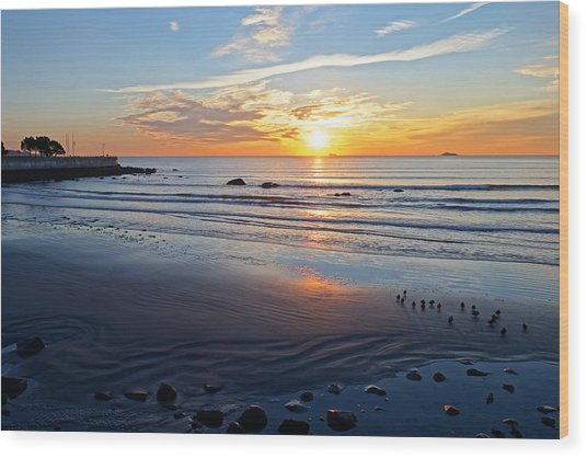 Sunrise Over Red Rock Park Lynn Shore Drive Wood Print