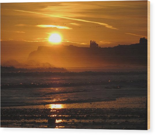 Sunrise Over Sandsend Beach Wood Print