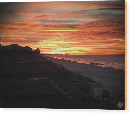 Sunrise Over Santa Rosa Beach Wood Print