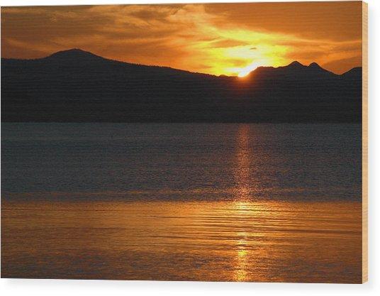 Sunrise Over Yellowstone Lake Wood Print