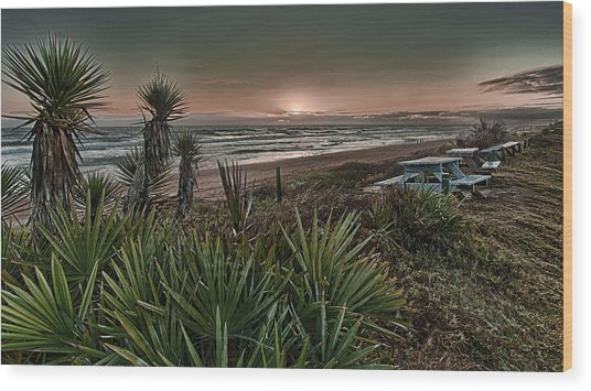Sunrise Picnic Wood Print