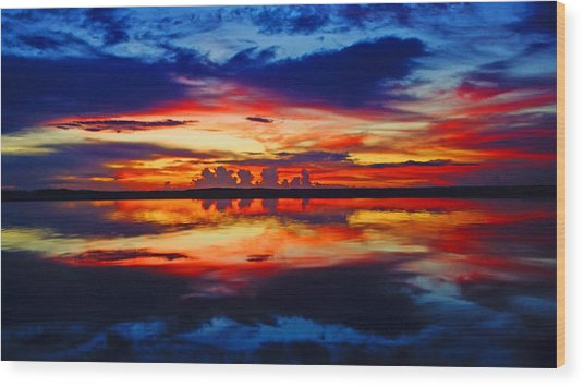 Sunrise Rainbow Reflection Wood Print