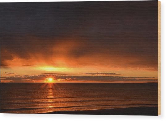 Sunrise Rays Wood Print