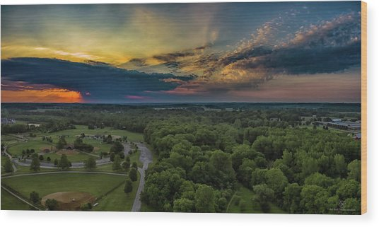 Sunrise Thru The Clouds Wood Print