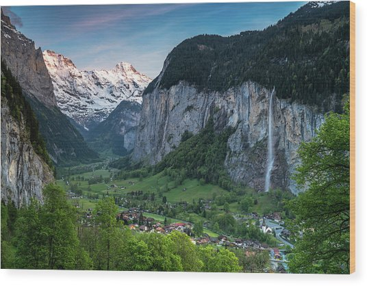 Sunset Above The Lauterbrunnen Valley Wood Print