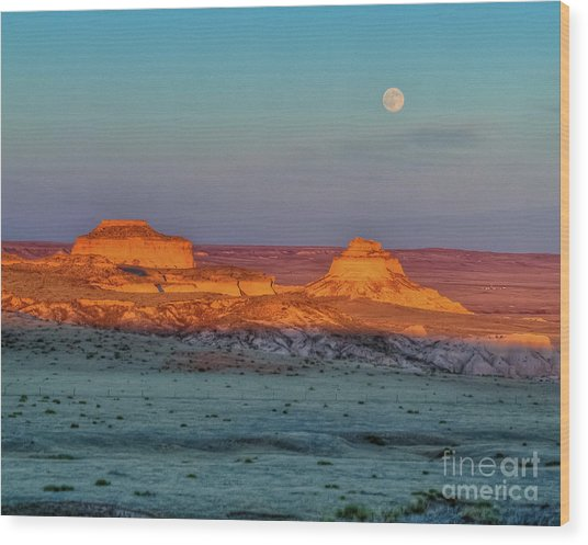 Sunset And Moon-rise Over Pawnee Buttes Wood Print