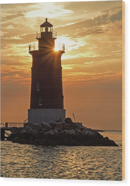 Sunset At Delaware Breakwater Light Wood Print