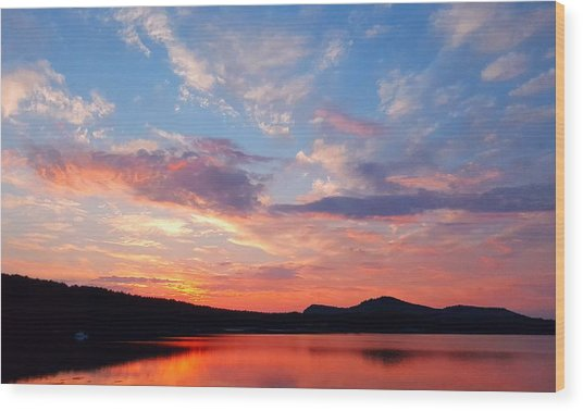 Sunset At Ministers Island Wood Print