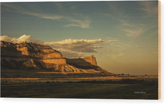 Sunset At Scotts Bluff National Monument Wood Print