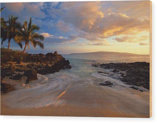 Sunset At Secret Beach Wood Print