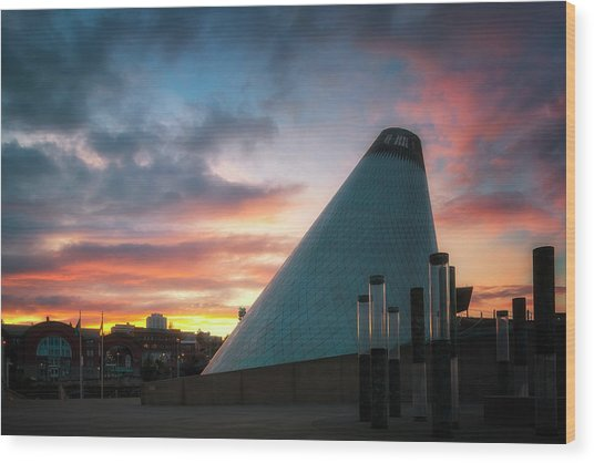 Sunset At The Museum Of Glass Wood Print