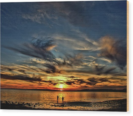 Sunset At The Waters Edge Wood Print