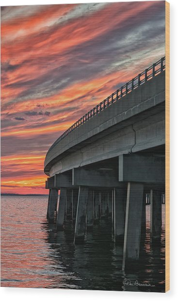 Sunset At Virginia Dare Memorial Bridge 4854 Wood Print