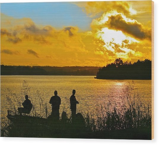 Sunset Fishermen Smith Mountain Lake Wood Print