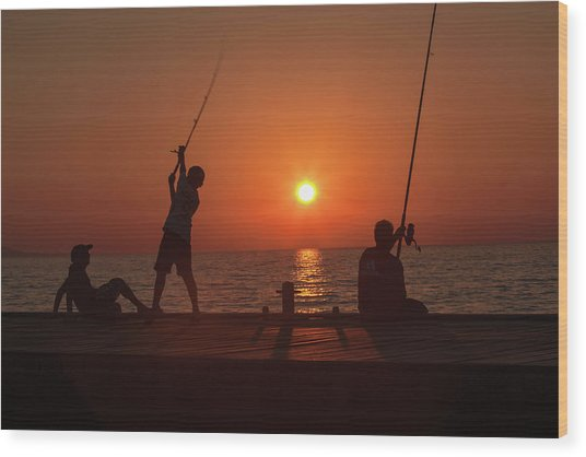 Sunset Fishermenr Wood Print