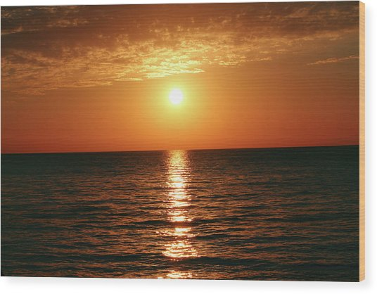 Sunset In Bimini Wood Print