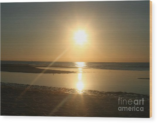 Sunset On Mayflower Beach Wood Print by Amy Holmes