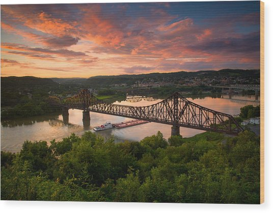 Sunset On Ohio River  Wood Print