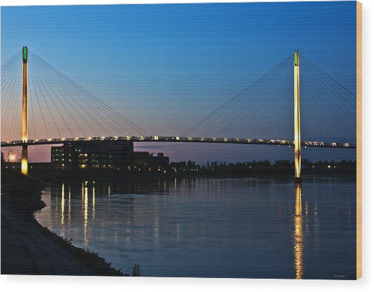 Sunset On The Bob Kerry Pedestrian Bridge Wood Print