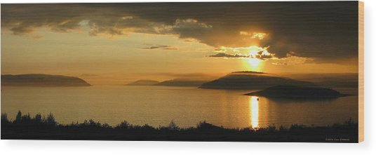 Sunset Over Blondin And Skin Island Wood Print by Laura Wergin Comeau