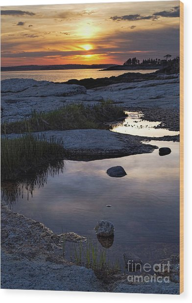 Sunset Over Boothbay Harbor Maine  -23095-23099 Wood Print