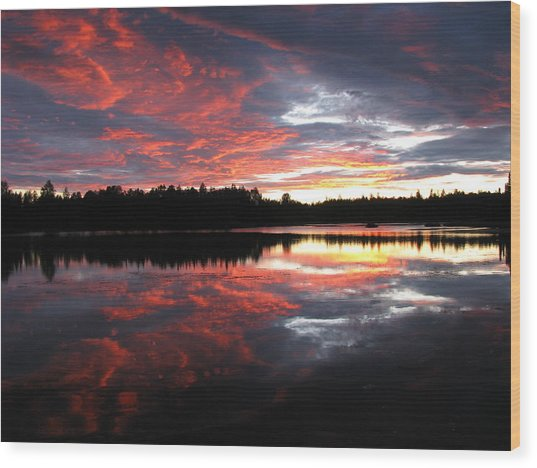 Sunset Over Caswell Lake Wood Print