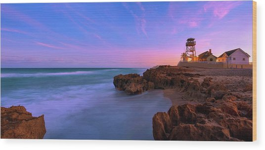 Sunset Over House Of Refuge Beach On Hutchinson Island Florida Wood Print