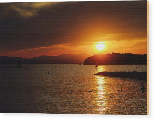 Sunset Over Lake Champlain Wood Print