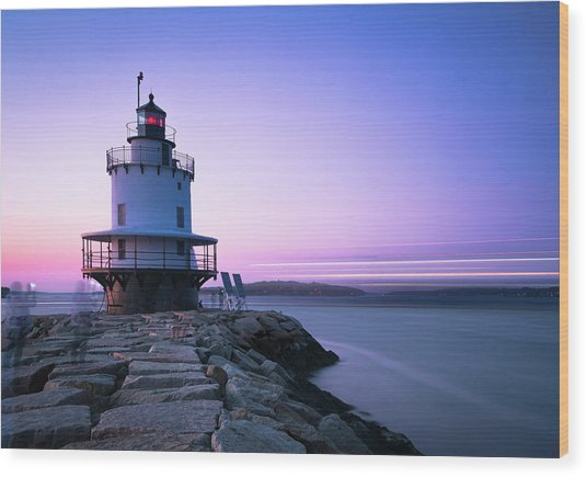 Sunset Over Spring Breakwater Lighthouse In South Maine Wood Print