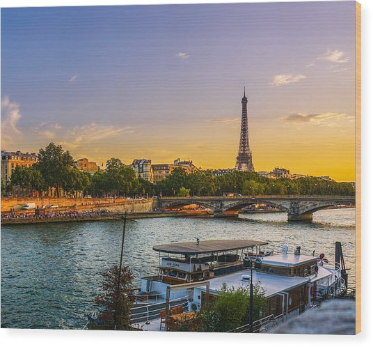 Sunset Over The Seine In Paris Wood Print