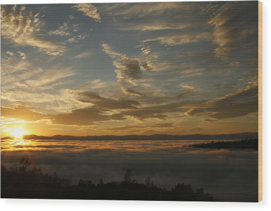 Sunset Over The Valley Fog Wood Print