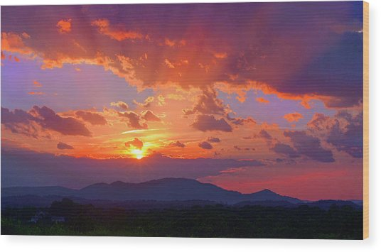 Sunset Rays At Smith Mountain Lake Wood Print