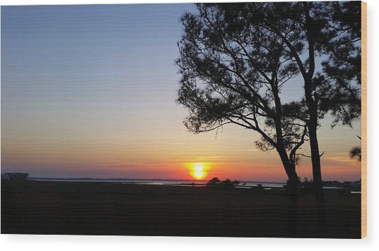 Sunset View From Knights Of Columbus' Deck Wood Print