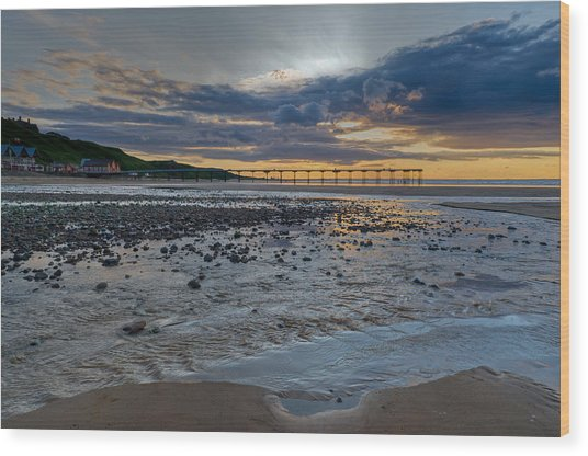Sunset With Saltburn Pier Wood Print