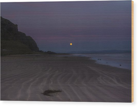 Super Moon At Downhill Beach Wood Print