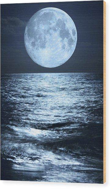 Super Moon Over Ocean Wood Print