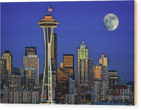 Super Moon Over Seattle Wood Print