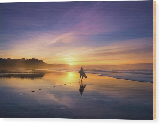 Surfer In Beach At Sunset Wood Print