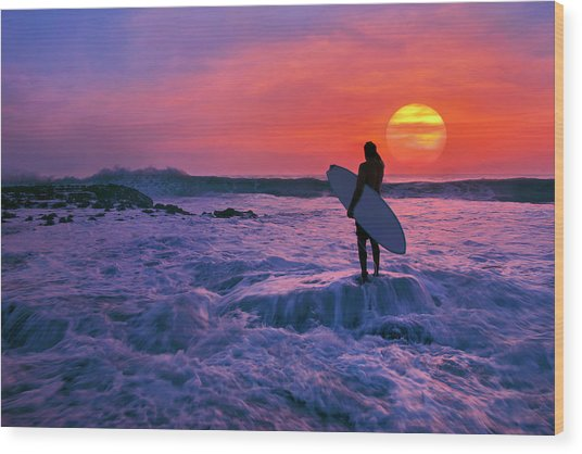 Surfer On Rock Looking Out From Blowing Rocks Preserve On Jupiter Island Wood Print