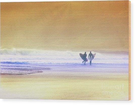 Surfers Wood Print