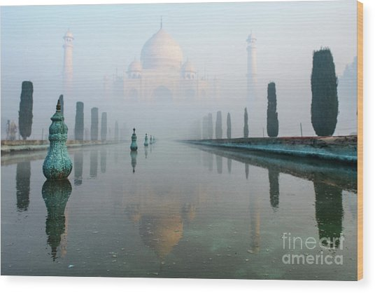 Taj Mahal At Sunrise 01 Wood Print