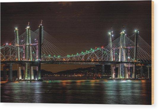 Tale Of 2 Bridges At Night Wood Print