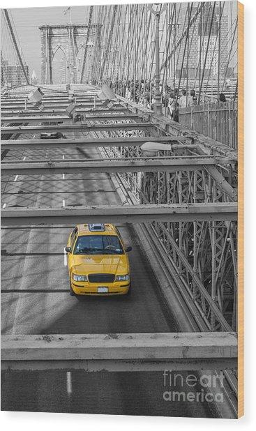 Taxi On The Brooklyn Bridge Wood Print