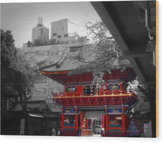 Temple In Tokyo Wood Print