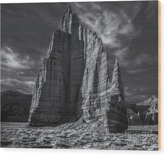 Temple Of The Moon I/r View Wood Print