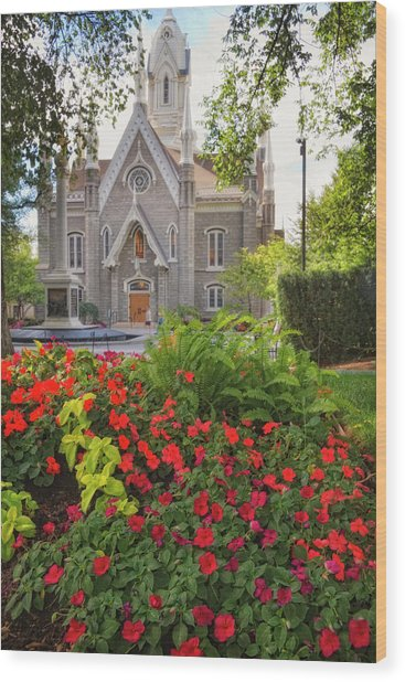 Temple Square Flowers Wood Print
