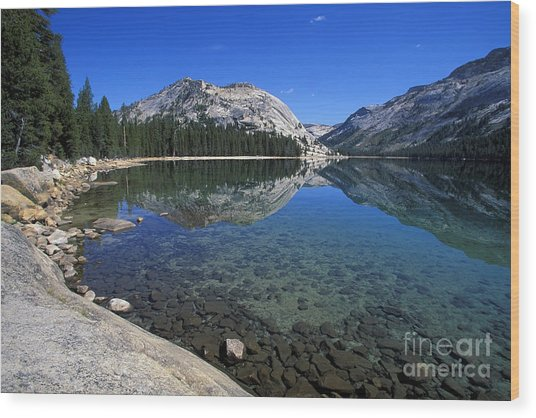 Tenaya Lake Wood Print by Stan and Anne Foster