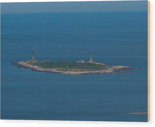 Thacher Island Lights Wood Print