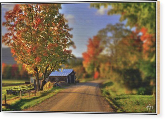 The Barn At The Bend Wood Print